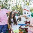 Marcos Mion contou que os filhos mais novos, Donatella e Stefano, apoiam o irmão Romeo, portador de transtorno do espectro autista, em seu cotidiano