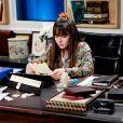 Poliana (Sophia Valverde) encontra cartas de sua mãe na novela 'As Aventuras de Poliana'