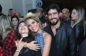 Thaila Ayala curte Arraiá do Copa ao lado do noivo, Renato Góes. Fotos!