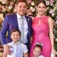 Filha de Wesley Safadão e Thyane Dantas, Ysis fez apresentação surpresa em sua festa de 5 anos em buffet de Fortaleza