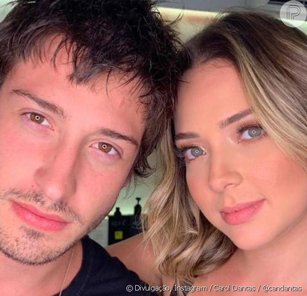 Marido de Carol Dantas, Vinícius Martinez mostra detalhes de sua nova casa com a influencer: 'Spoiler'