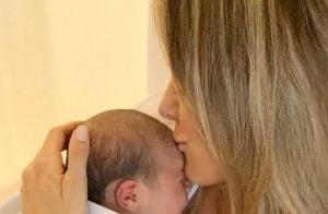 Ticiane Pinheiro nota semelhança entre ela e a filha Manuella em foto: 'Orelha'