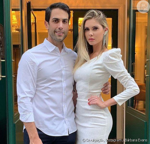 Bárbara Evans fica noiva do empresárioGustavo Theodoro