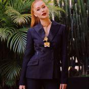 Office look de luxo! Marina Ruy Barbosa alia terno Dior a joias florais da grife