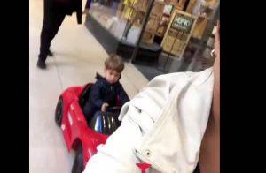 Thais Fersoza se diverte com filha ao andar em bichinho motorizado: 'Crescendo'