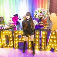 Sophia Valverde ainda mostrou seu lado fã de Ariana Grande e apareceu em um cover da cantora