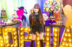 Princesa, heroína e cantora! Veja fotos da festa de 14 anos de Sophia Valverde