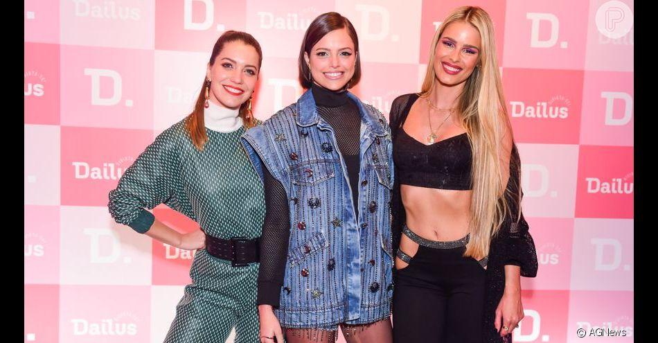 Inspire-se em 5 tendências de moda e beleza que as famosas apostaram em evento de marca de maquiagem!