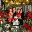 Michel Teló e Thais Fersoza ganharam elogios de amigas famosas por vídeo fofo com os herdeiros, Melinda e Teodoro