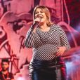 Look de Marília Mendonça deixou barriga de gravidez da cantora bem marcada