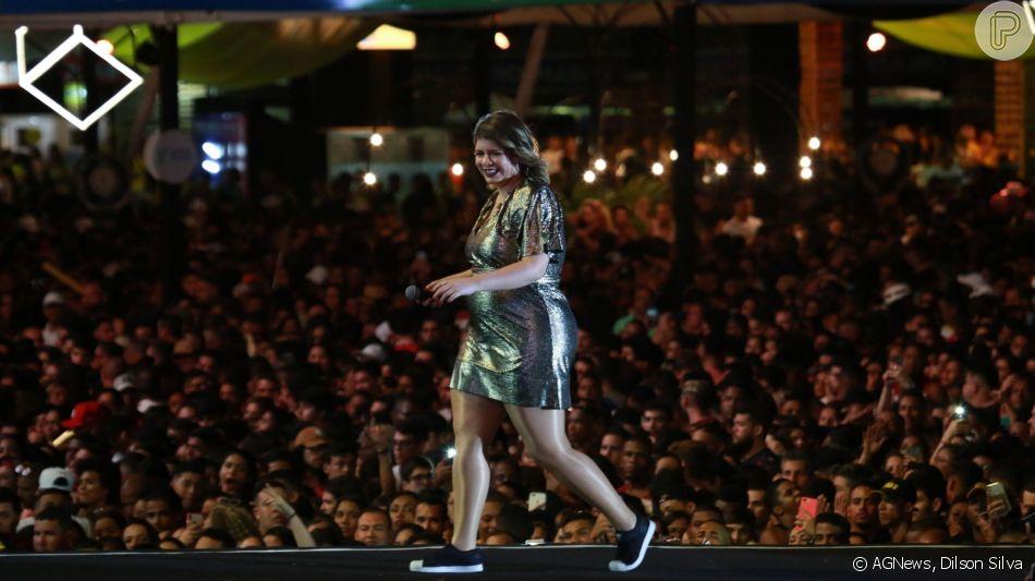 Marilia Mendonça evidencia barriga de gravidez em look no Salvador Fest, na Bahia, neste domingo, 15 de setembro de 2019