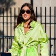 Neon: verde fluorescente é uma das cores favoritas do street style das semanas de moda de Nova York e Londres