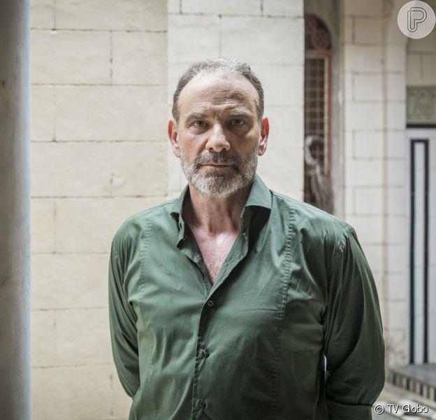 Elias (Marco Ricca) recebe proposta para voltar para a Síria e ajudar a reconstruir o país na novela 'Órfãos da Terra'