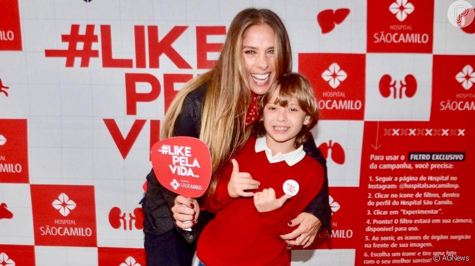 Filho de Adriane Galisteu, Vittorio chamou atenção por semelhança com a mãe nesta terça-feira, 24 de setembro de 2019