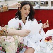 Luxo! De roupão, Marquezine ganha flores e café da manhã em cobertura de hotel