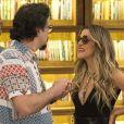 Silvana (Ingrid Guimarães) fica com medo de perder a amizade de Mário (Lucio Mauro Filho) na novela 'Bom Sucesso'