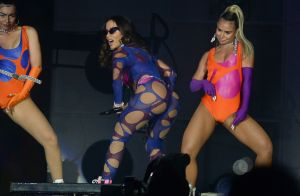 Neon e brilho! Anitta aposta em tendências para looks de show no Rock in Rio