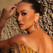 Dourado e metálico: Sabrina Sato usa vestido extravagante de R$15 mil em desfile