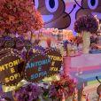 Giovanna Antonelli preparou decoração com doces variados espalhados pela mesa principal