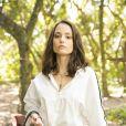 Lara (Rosanne Mulholland) tenta fazer a cabeça de Lígia (Paloma Duarte) de que os encontros com Rita (Alanis GUillen não são uma boa ideia na novela 'Malhação - Toda Forma de Amar'