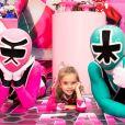 Filha de Mariana Bridi, Aurora ganhou dos pais festa de 5 anos com os Power Ranger como tema