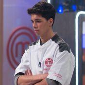 Helton é o 1º eliminado do 'MasterChef – A Revanche': 'Perder é estressante'