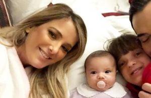 Caçula de Ticiane Pinheiro encanta em foto com os pais e irmã: 'Risada gostosa!'