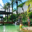 A piscina oficial da mansão de Rodrigo Faro chama atenção pela exuberância