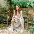 Titi Müller apostou em um tênis confortável e com brilho para o seu casamento