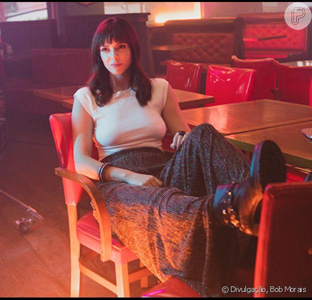 Moda, casamento e feminismo: Titi Muller abre jogo sobre looks e empoderamento em entrevista ao Purepeople neste sábado, dia 22 de novembro de 2019