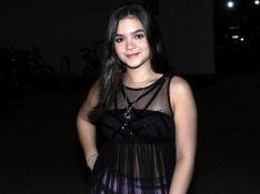 Mel Maia elege look moderno para festa da novela com Paolla Oliveira e famosos