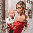 Gabi Brandt e Saulo Poncio são pais dos pequenos Davi Márcio, de 4 meses