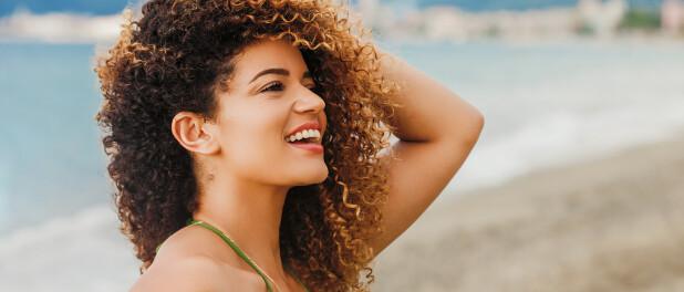 6 coisas que você pode fazer pelo seu cabelo antes do verão começar