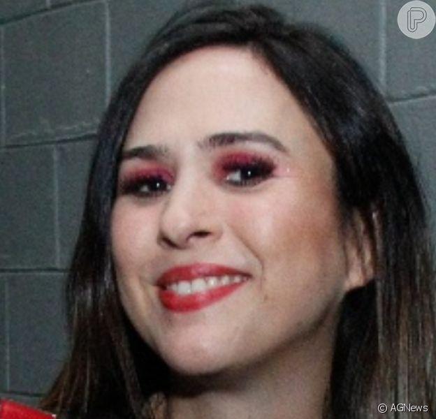 Tatá Werneck combinou roupa de Chiquinha, da série 'Chaves', com a filha, Clara Maria ao comemorar os 2 meses da garotinha