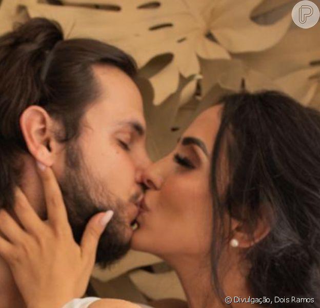 Vem casamento aí! Jade Seba foi surpreendida por Bruno Guedes com pedido de noivado durante o batizado de Zion, de 9 meses e filho do casal, neste sábado, 4 de janeiro de 2020