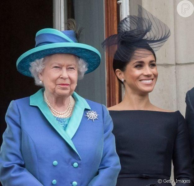 Rainha Elizabeth II quer reunião urgente após 'Megxit', como indicou a revista 'People' nesta quinta-feira, dia 09 de janeiro de 2020