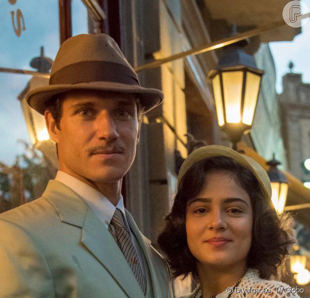 Nos próximos capítulos da novela 'Éramos Seis', Zulmira (Luciana Braga), mulher de Felício (Paulo Rocha), desiste de assinar divórcio ao descobrir namoro do marido com Isabel (Giullia Buscacio): 'Se aproveitou!'