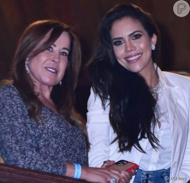 Solteira, Zilu curte gravação do DVD de Simone e Simaria em São Paulo, nesta quarta-feira, 12 de fevereiro de 2020