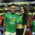 Felipe Araújo curtiu Carnaval acompanhado da namorada,  Estella Defant