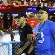 Gabigol conseguiu folga do Flamengo e curtiu o Carnaval do Rio na Sapucaí