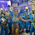 Lexa saiu à frente dos ritmistas da escola de samba carioca