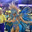 Lexa levou tombo durante o desfile da Unidos da Tijuca