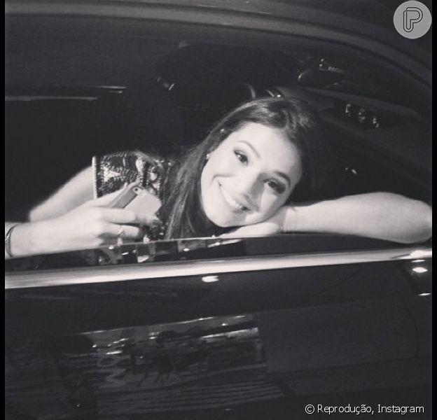 Bruna Marquezine posta desabafo em seu Instagram. A atriz se incomodou após rumores de que teria sentido ciúmes de Neymar com as amigas dele durante a comemoração de seu aniversário de 21 anos, em uma boate em São Paulo, em 26 de fevereiro de 2013