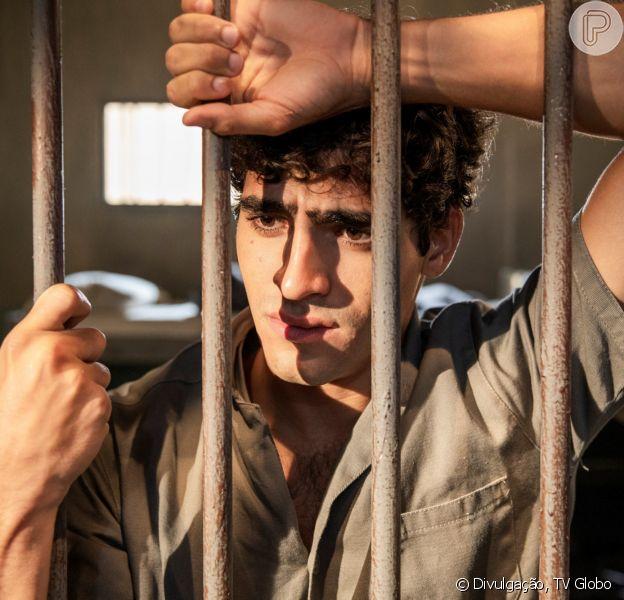 Novela 'Éramos Seis': Lúcio (Jhona Burjack) é preso após se casar com Inês (Carol Macedo)