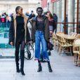 Calça jeans  pantacourt ajuda a diminuir o quadril
