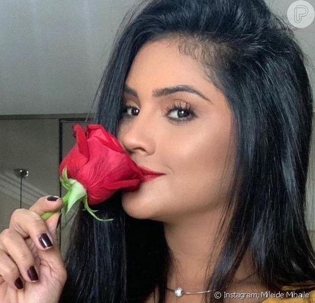 Mileide Mihaile posta foto de beijo em namorado, Neto Santos, para comemorar aniversário do empresário nesta quinta-feira, dia 14 de maio de 2020
