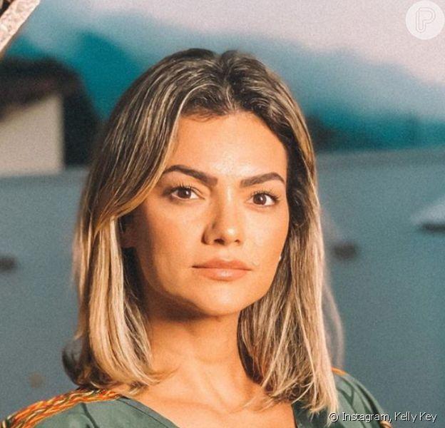 Kelly Key alertou seguidoras sobre risco do bronzeamento em câmaras, algo proibido agora no Brasil