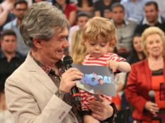Serginho Groisman comemora 70 anos e recado do filho derrete a web: 'Fofura'