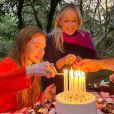 Marina Ruy Barbosa faz festa intimista de 25 anos em meio a natureza