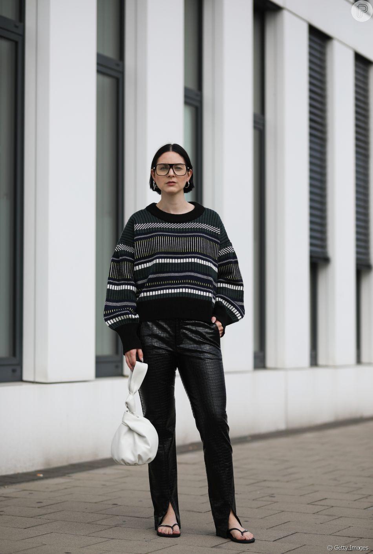 Suéter está em alta para deixar o look mais despojado, motivo para Coco Chanel amar a peça